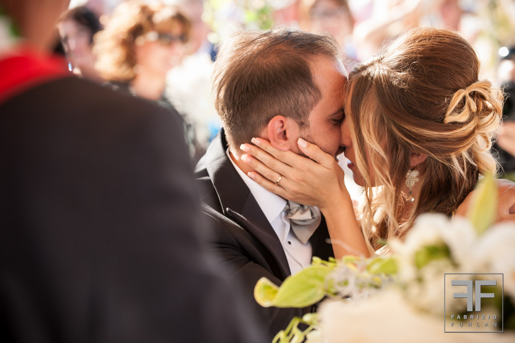 sposi bacio matrimonio jesolo