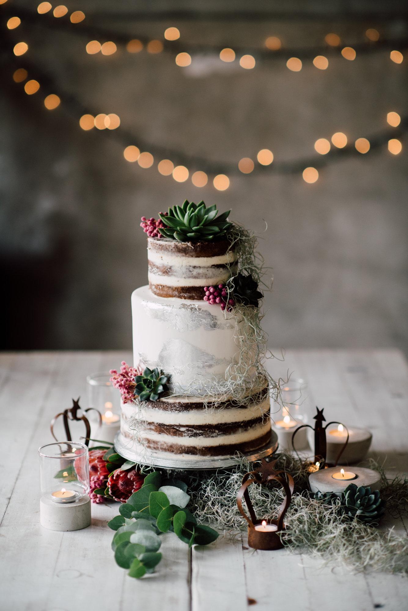 tavolo torta nude industrial style